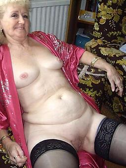 Frauen naked single Frauen Pics