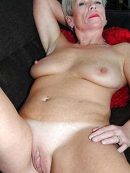 mature bold pussy erotic pics