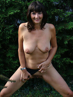 despotic naked moms outdoors photo