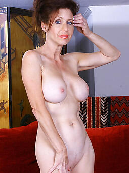 perfect nude solo mature ladies