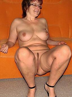 horny lady in glasses xxx pics