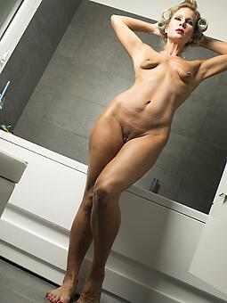 hot crestfallen lady legs xxx pics