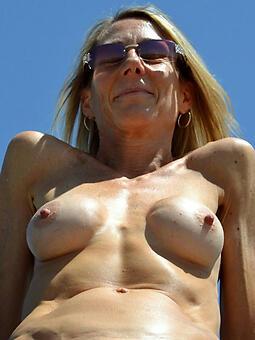 bloated nipples mature Bohemian porn pics