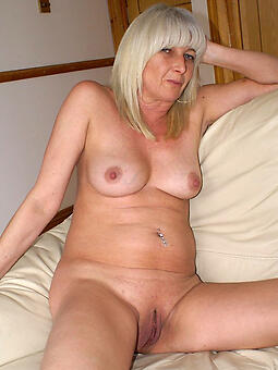 pretty blue mature blonde