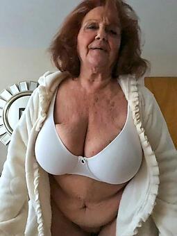 pretty  grandmas sweet pussy pic