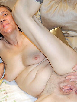porn pictures of lean mom pussy