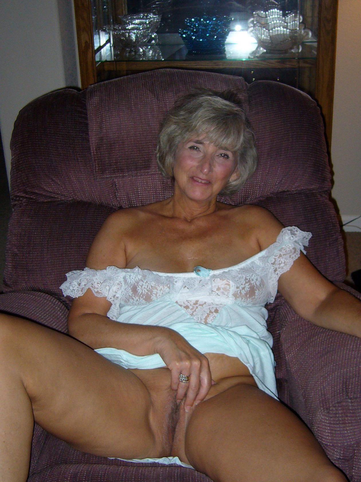 Pics free mature nude Best Mature