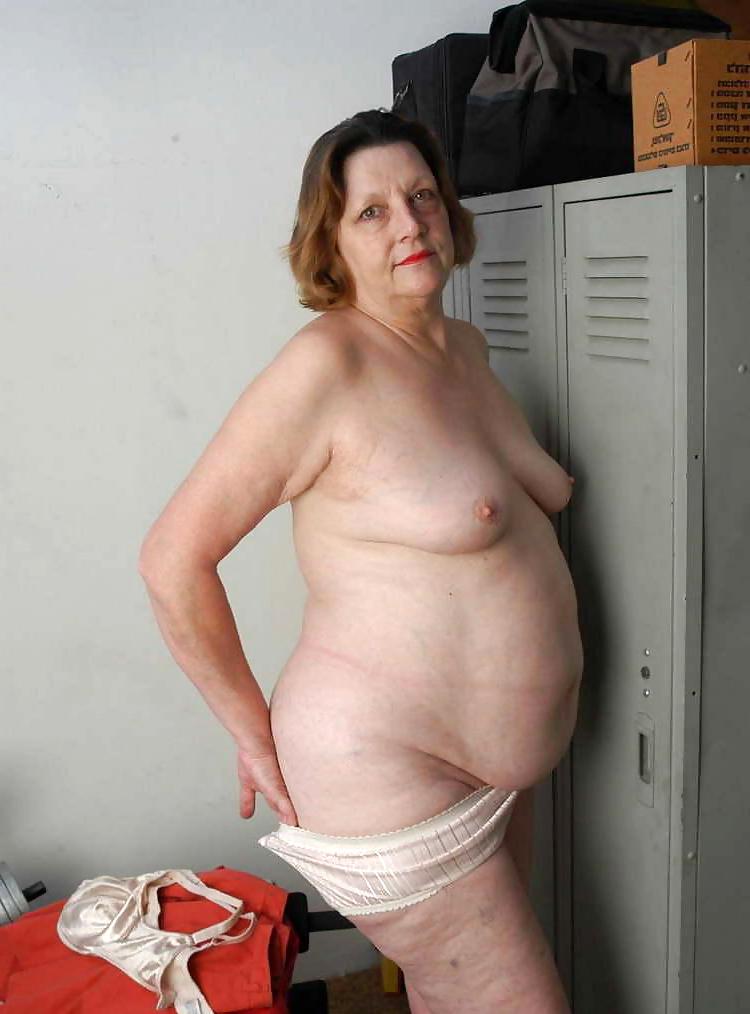 Chubby naked Free Chubby
